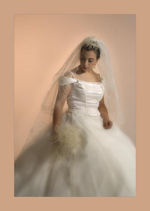 آتلیه-عکاسی-آیلین -عروس-اصفهان